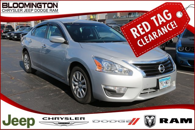 Pre-Owned 2015 Nissan Altima 2.5S BAck-up Camera Power Driver's Seat
