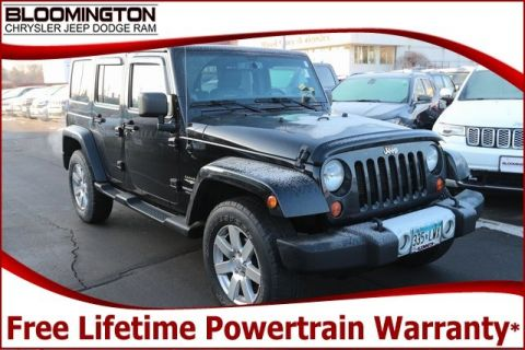 Pre-Owned 2013 Jeep Wrangler Unlimited Unlimited Sahara 4x4 Heated Leather Tow Navigation