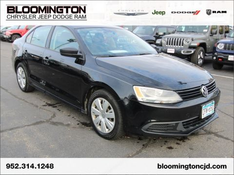 Pre-Owned 2012 Volkswagen Jetta Sedan